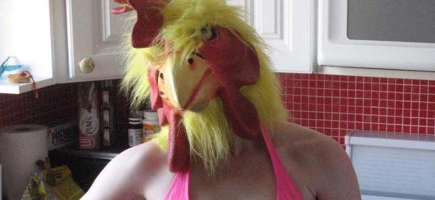 женщина курица