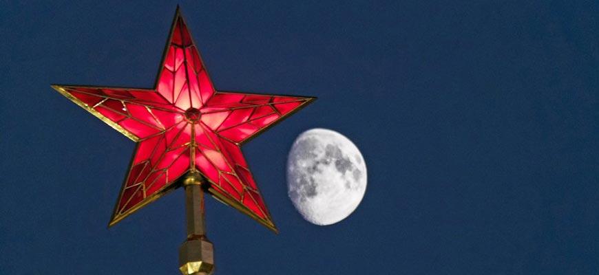 звёзды на кремлёвских башнях