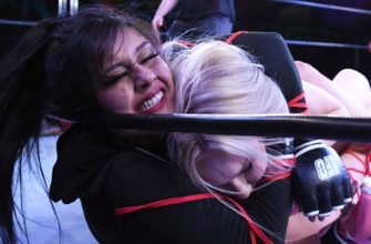 Женская драка на ринге