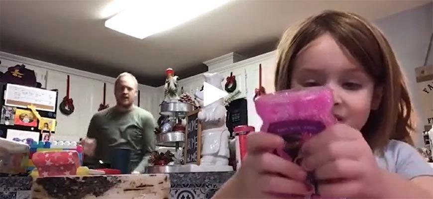 Видеопрезентация и танец отца