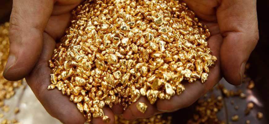 Золотой-песок-в-ладонях