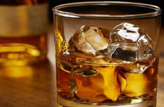 Стакан-виски-со-льдом